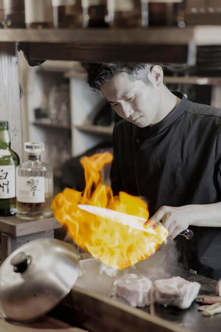 鉄板焼きシェフ