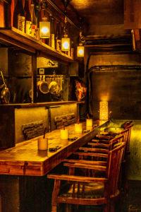 隠れ家,静か,店内,内装,レストラン